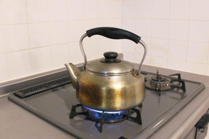 ガスコンロでお湯を沸かす光熱費は?
