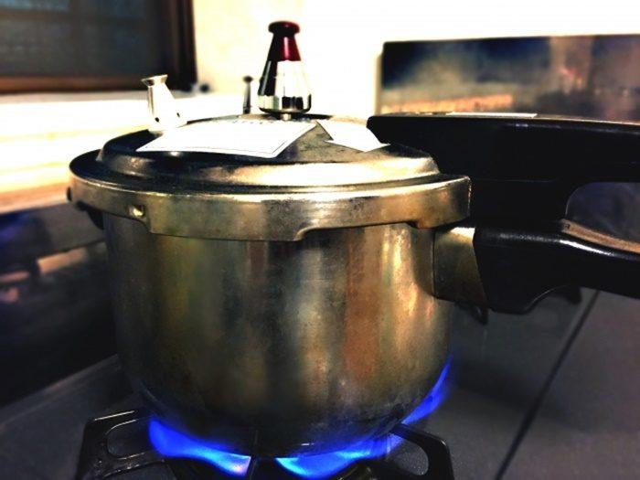 時短で美味しくできる圧力鍋