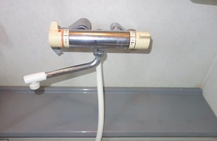 サーモスタット混合栓と給湯器の温度設定
