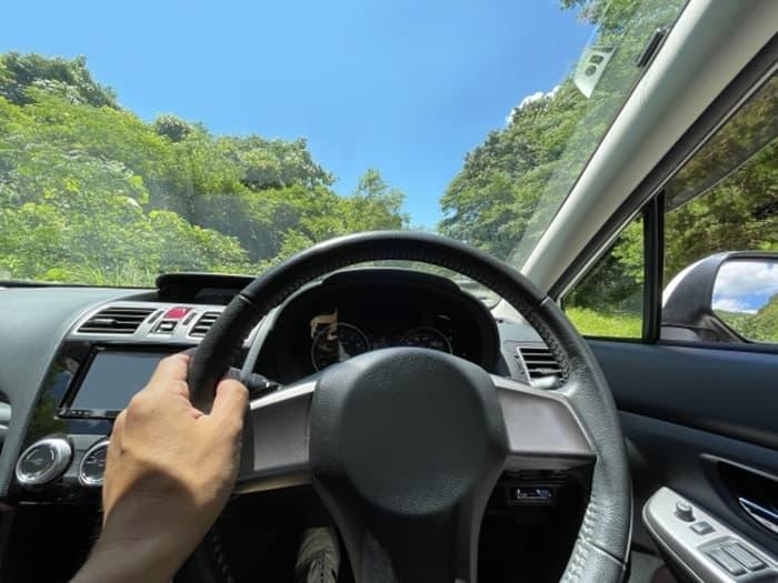 きれいなフロントガラスで運転も快適!